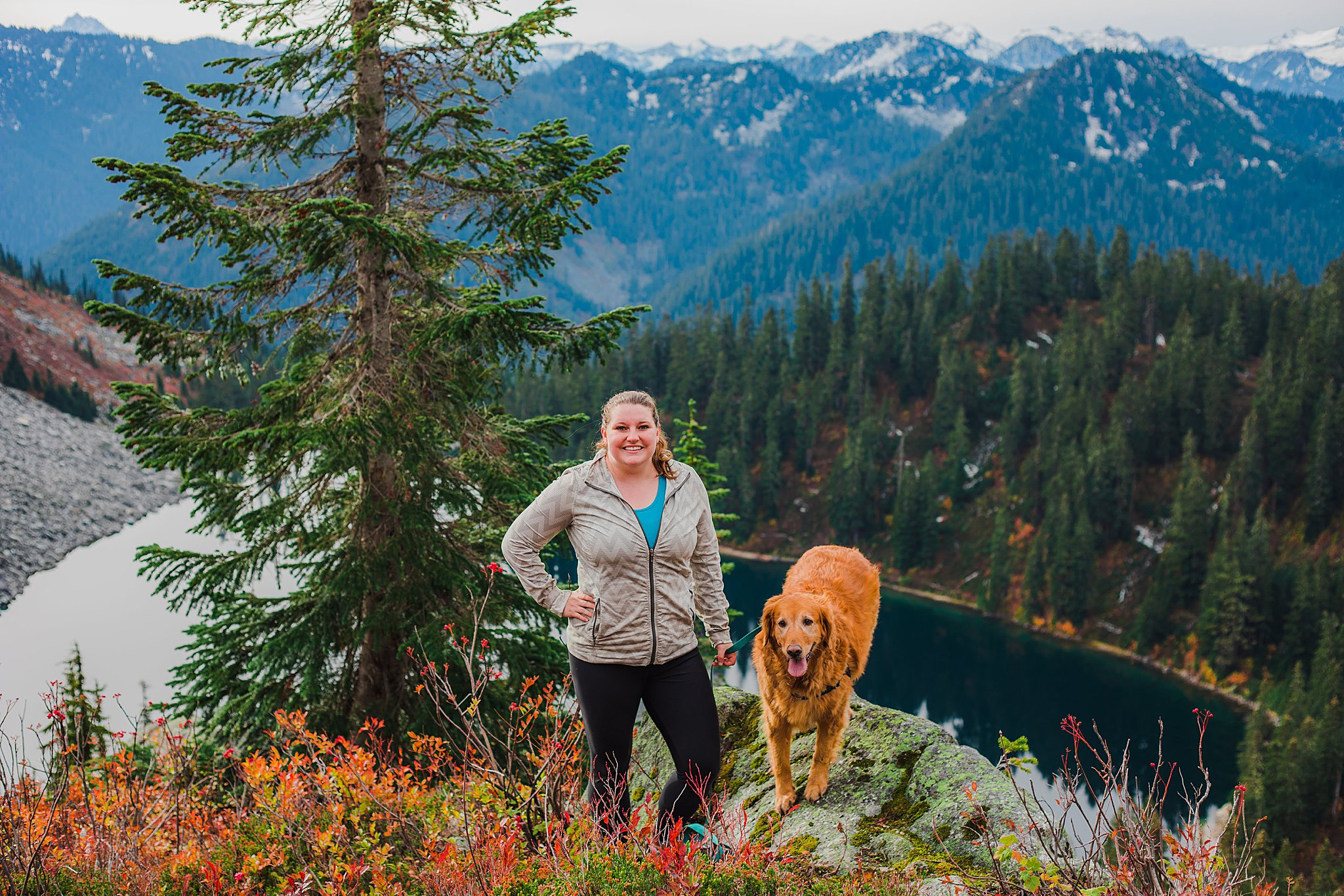 Lake Valhalla, Mount McCausland, dog friendly hike, 52 hike challenge, washington, fall hikes, autumn, fall, colors, highway 2, central cascades